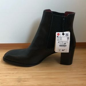 Zara Black Leather Ankle Boot